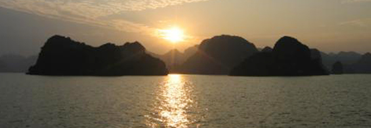 Sailing Boat in Cat Ba, Kayaking in Cat Ba, Expedition