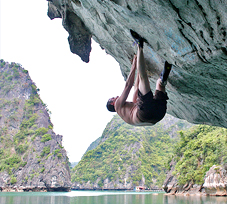 Rock climbing – DWS in Ha Long Bay